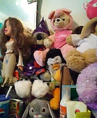 assorted animal plush toy collection Chicago, 60620