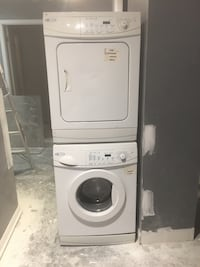 Apartment size washer and dryer stackable  Toronto, M8Y 0A1