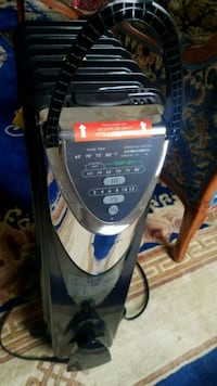 Portable Electric Compact Heater    Los Angeles, 90049