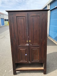 Brown wooden 2-door cabinet  Fairfax, 22033