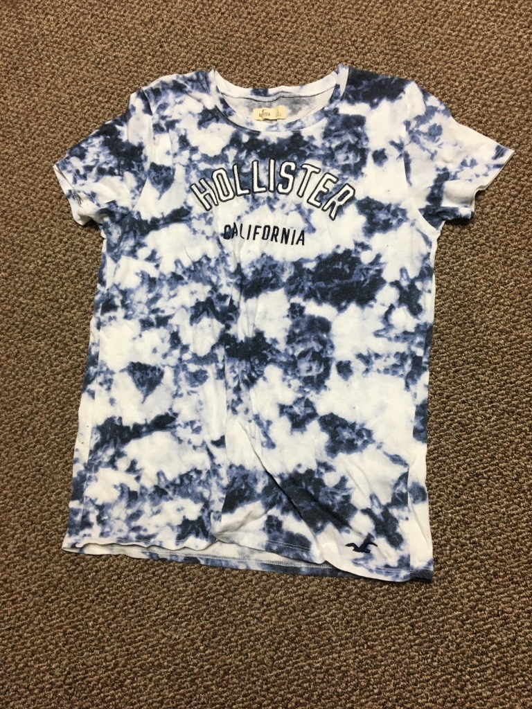 Photo Multicolored Blue, White, Navy Womens Hollister tee