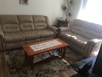 Recliner couch and love seat Alexandria, 22304