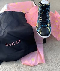 Gucci ghost size 4 Fort Washington, 20744