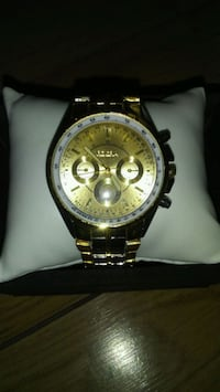 Gold tone mens wrist watch Winnipeg, R2V 0L5