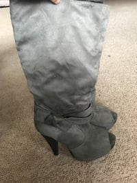Gray suede boots Newburgh, 12550