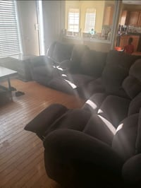 Gray sectional  Suffolk, 23434