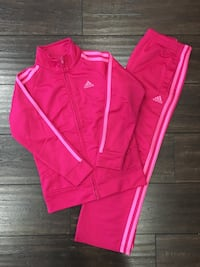 Adidas girls track set  Richmond, V7A 3N3