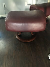 brown leather padded rolling armchair Newark, 43055