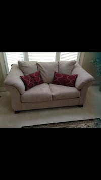 Beige fabric 2-seat sofa with throw pillows Cumming, 30041