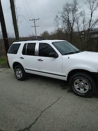 Ford - Explorer - 2005 Pittsburgh