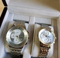 two round gold analog watches with link bracelets McLean, 22101