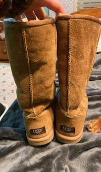 UGG boots Mount Airy, 21771