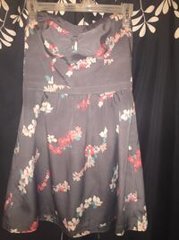 American Eagle Floral Babydoll Dress Size 8 Kingston, K7L 1C3