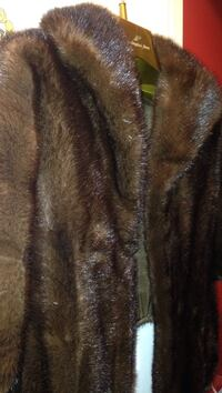 Vintage mink stole.    Well maintained.  Woman's sizes 10, 12 and 14. Lutherville Timonium, 21093