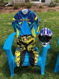 Youth Riding Gear for a kid. Size small Boston