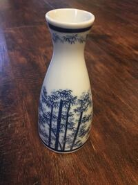 White and blue bamboo printed vase antique Baltimore, 21206