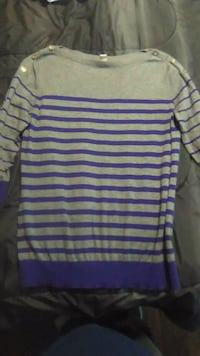 white and purple striped crew-neck shirt Parkersburg, 26101