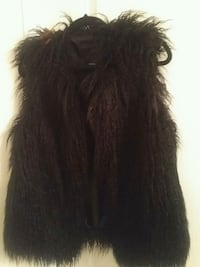 New! Black Faux Fur Vest - Large  Brampton, L6P