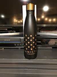 Hamilton 24 hour cold black and gold water bottle  Oak Lawn, 60453