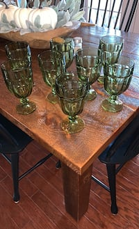 8 Green Glasses Purcellville, 20132