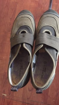 pair of gray Nike slide sandals Winchester, 22603