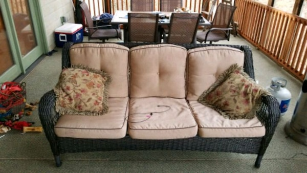 Used Outdoor Patio Furniture Set For Sale In Gainesville Letgo