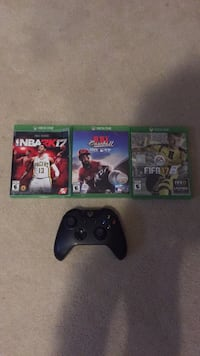 Xbox one games and controller Innisfil, L9S