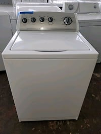 Whirlpool top load Washer working perfectly  Baltimore, 21223