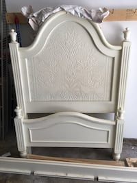 White wooden bed headboard and footboard twin Gaithersburg, 20878