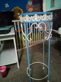 Vintage handpainted plant stand/small table