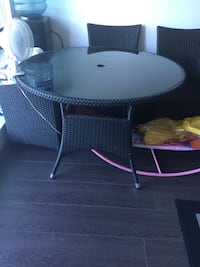 Round black wooden table with four chairs dining set Surrey, V3T