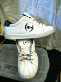 Size 8 white .black phat Farm Indianapolis, 46201