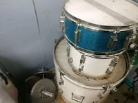 two white and blue snaire drum set Columbus, 43232