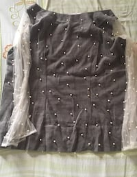 Cotton top with net sleeves. ASHBURN