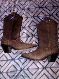 Brown ladies cowgirl boots Size 7 Mount Jackson, 22842