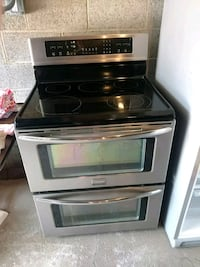 black and gray induction range oven Cleveland, 44111