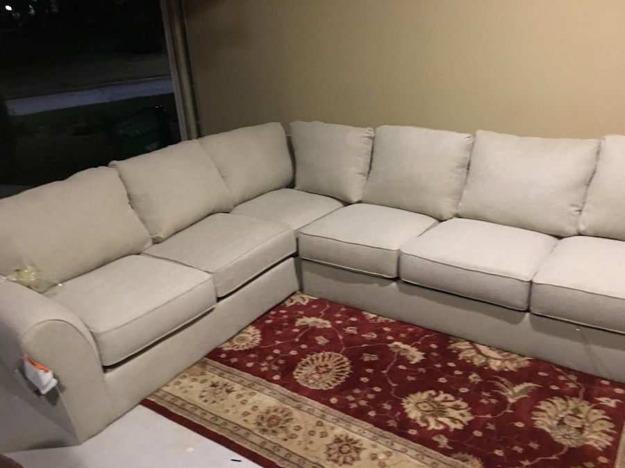 Attirant White Fabric Sectional Sofa Set