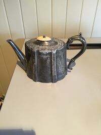 Silver plated Teapot 506 km