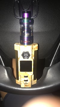 Desert snow wolf vfeng with rainbow crown 3 and 2 batteries