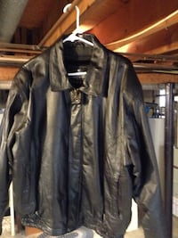New Oscar Piel leather jacket.   LG Wilmington, 19808