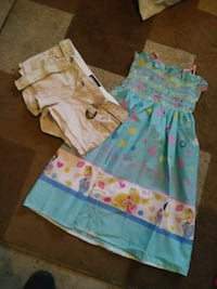 Size large in kids, will fit 5-7 year old Fresno, 93701