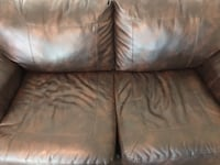 2-Piece Brw Leather Couch & Love Seat Stafford