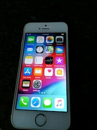 iPhone 5s 64gb Gold Toronto, M1W 1H9