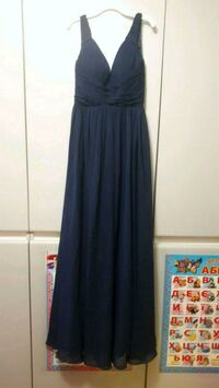 V-neck prom dress, Small, navy blue  Brampton, L6T 3X5