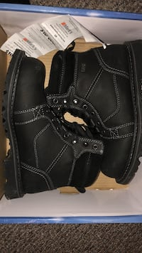 WindRiver Winter Boots Size 9
