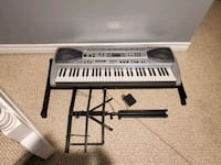Casio electronic keyboard with stand and sheet music stand Pickering, L1V 6R2