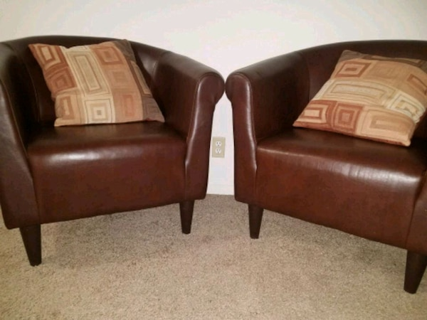 Used 2 Mainstays Faux Leather Bucket Chairs For Sale In