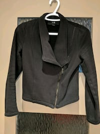 Black thick sweater jacket size small hardly worn too small for me Calgary, T2E 0B4