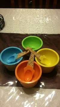 assorted color plastic bowls Surrey, V3X 1P3