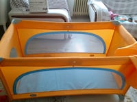 Chicco spring travel cot